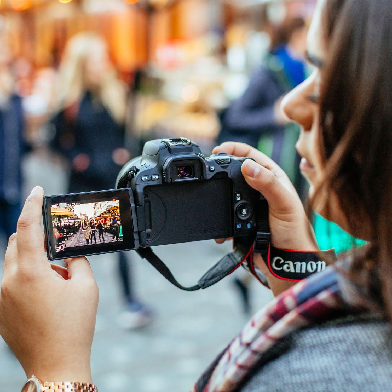Buy Canon EOS 200D Body - Black in Entry Level DSLR Cameras