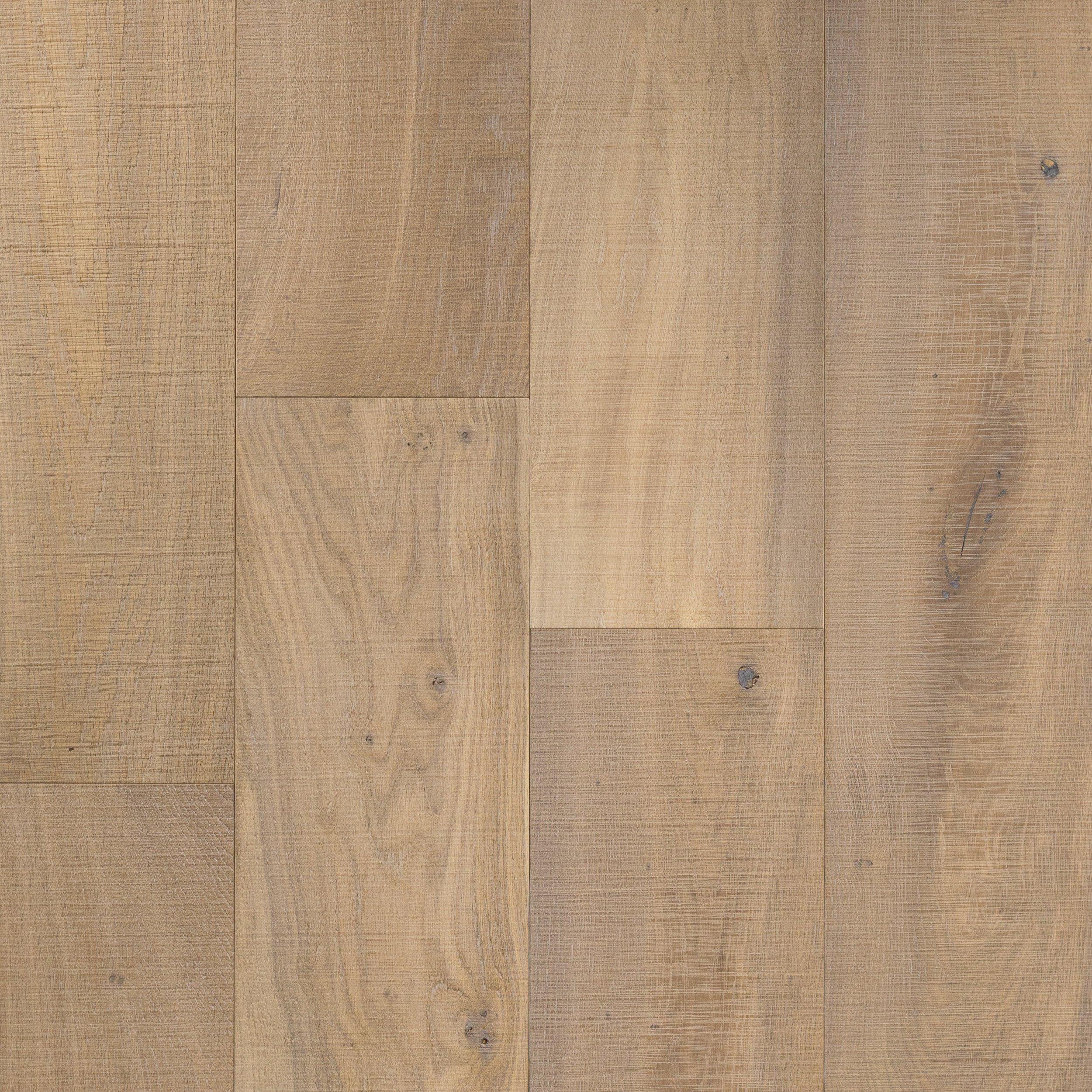 Delicieux Montpellier Oak Distressed Engineered Hardwood